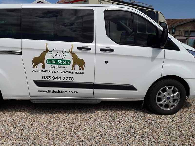 safari-tour-bus-1