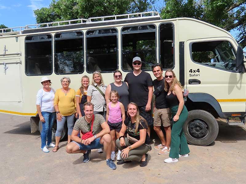 safari-tour-bus-2